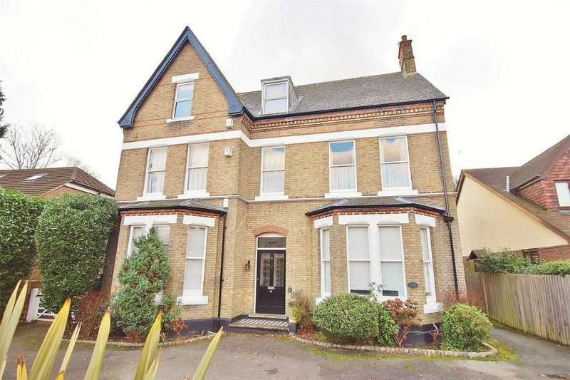 3 Bedrooms Flat for sale in 9 Bromley Grove, Shortlands, Bromley