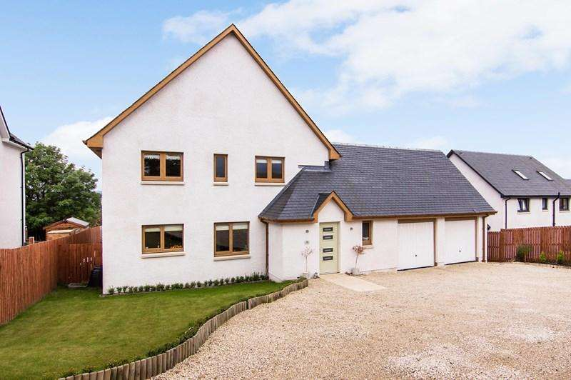 5 Bedrooms Property for sale in 26 Westfield Gardens, Kincardine, Alloa, Fife, FK10 4PQ