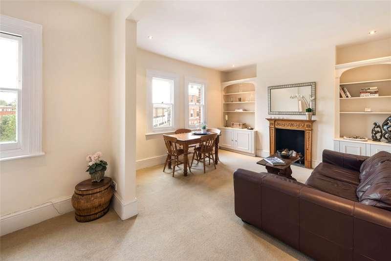 2 Bedrooms Flat for sale in Battersea Bridge Road, Battersea, London, SW11