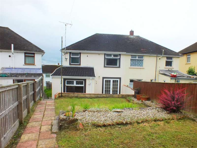 2 Bedrooms Semi Detached House for sale in Coombs Drive, Milford Haven, Pembrokeshire