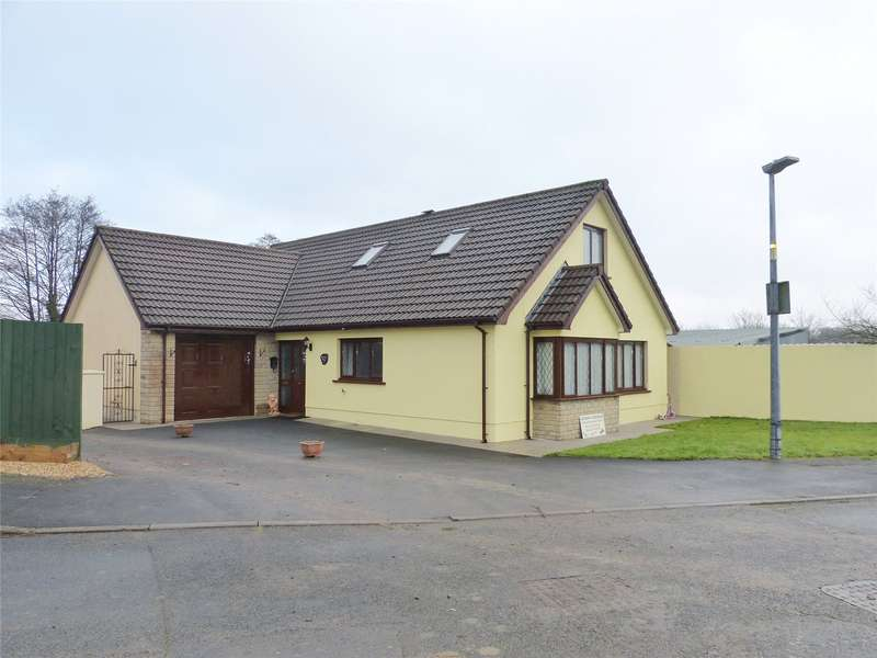 4 Bedrooms Detached Bungalow for sale in Wrenwood House, Springfield Park, Narberth, Pembrokeshire