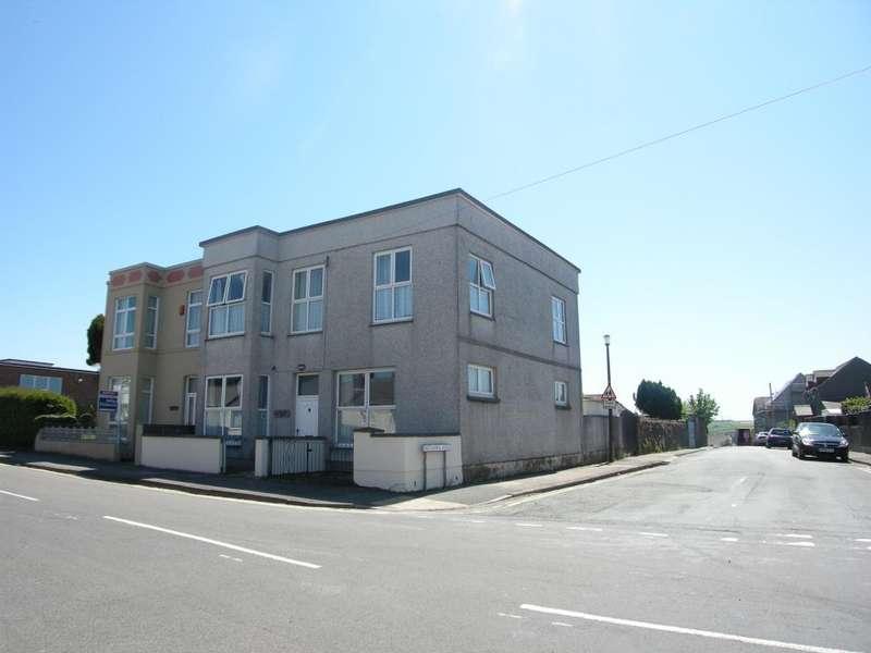 5 Bedrooms Semi Detached House for sale in Britannia House, Corporation Terrace, Pembroke Dock, Pembrokeshire