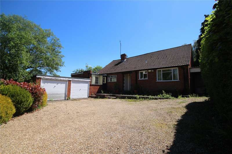 3 Bedrooms Detached Bungalow for sale in London Road, Ruscombe, Berkshire, RG10