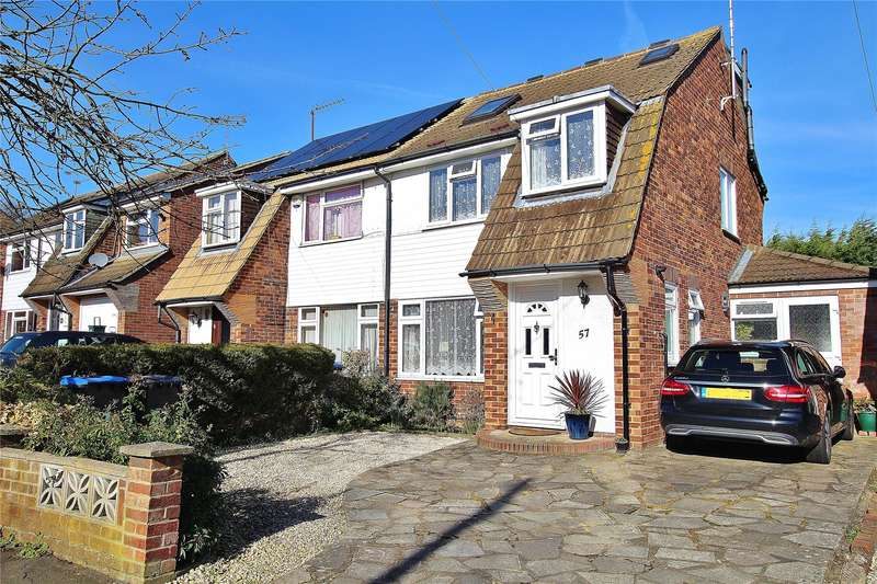 4 Bedrooms Semi Detached House for sale in Northwood Avenue, Knaphill, Woking, Surrey, GU21