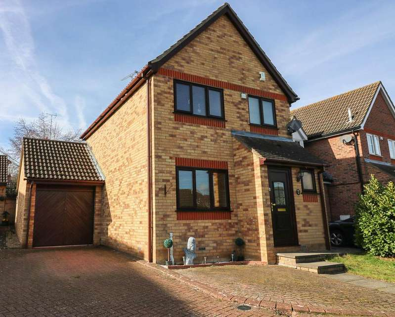 3 Bedrooms Detached House for sale in Wheatear Place , Billericay CM11