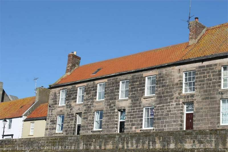 4 Bedrooms Town House for sale in 11 Quay Walls, BERWICK-UPON-TWEED, Northumberland