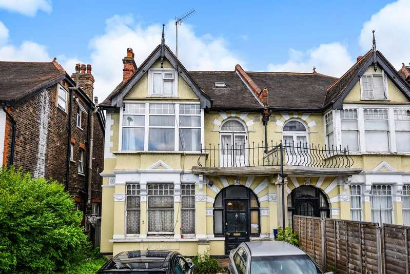 6 Bedrooms Semi Detached House for sale in South Norwood Hill London SE25