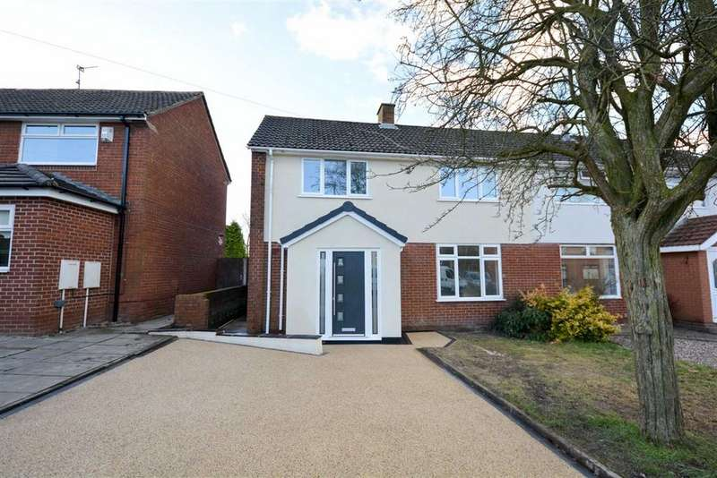 3 Bedrooms Semi Detached House for sale in Gibson Street, Bickershaw, Wigan, WN2