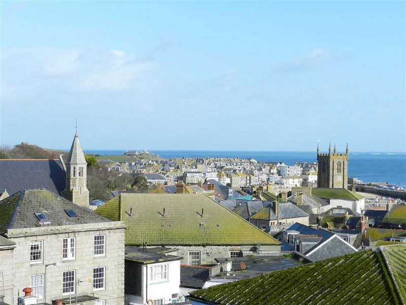 3 Bedrooms Maisonette Flat for sale in Trenwith Place, St Ives