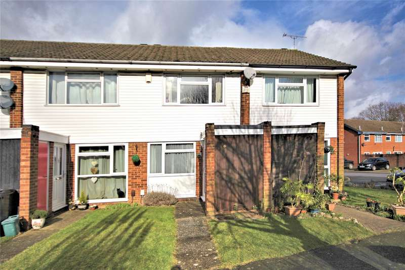 2 Bedrooms Terraced House for sale in Bishops Wood, Woking, Surrey, GU21