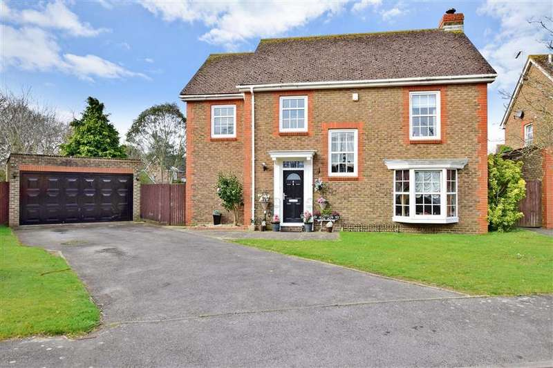 4 Bedrooms Detached House for sale in Aldbourne Drive, Bognor Regis, West Sussex