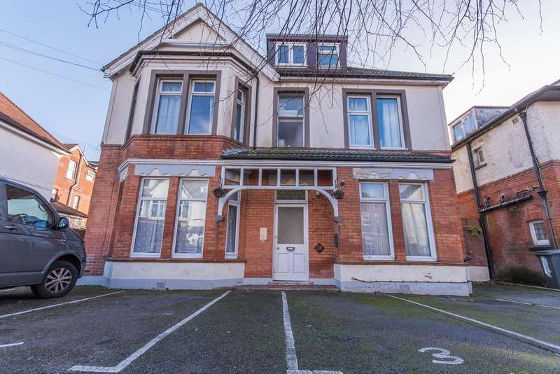 Studio Flat for sale in 28 Argyll Road , Bournemouth BH5
