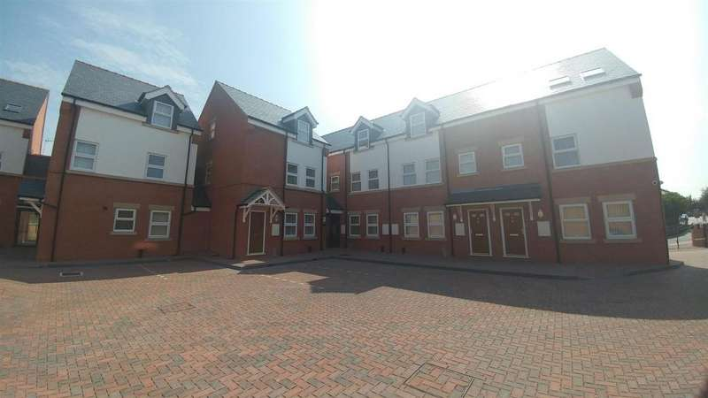 1 Bedroom Flat for rent in 3 Highgate Court , Bridge Street, Wrexham, LL13 7HT