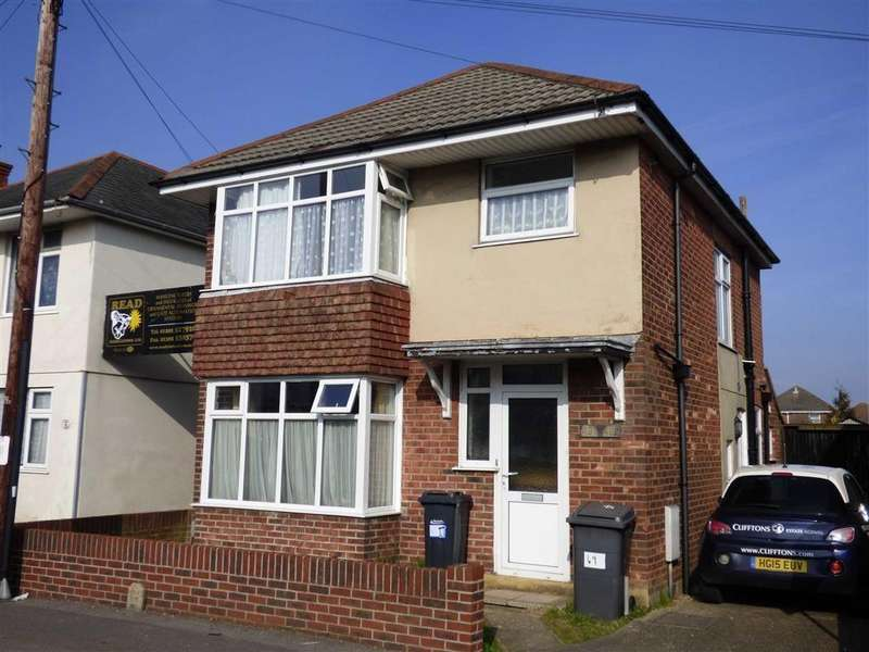 1 Bedroom Flat for sale in Columbia Road, Ensbury Park, Bournemouth, Dorset