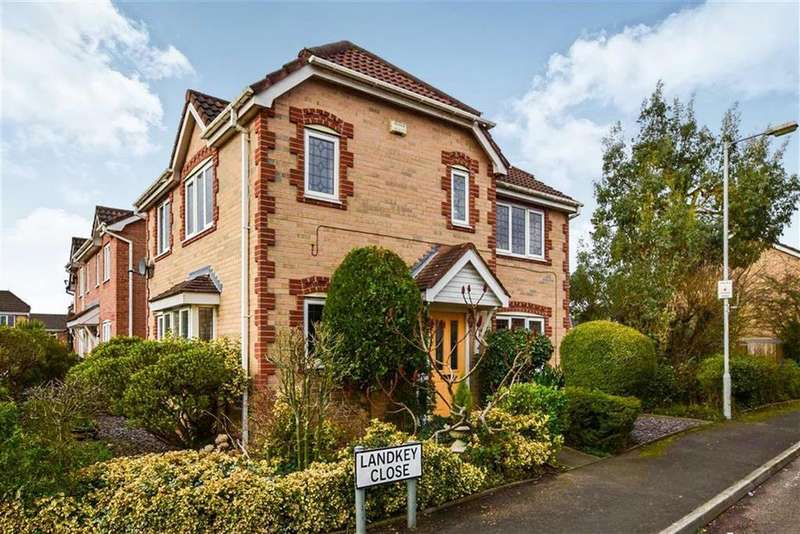 3 Bedrooms Detached House for sale in Landkey Close, Northern Moor, M23