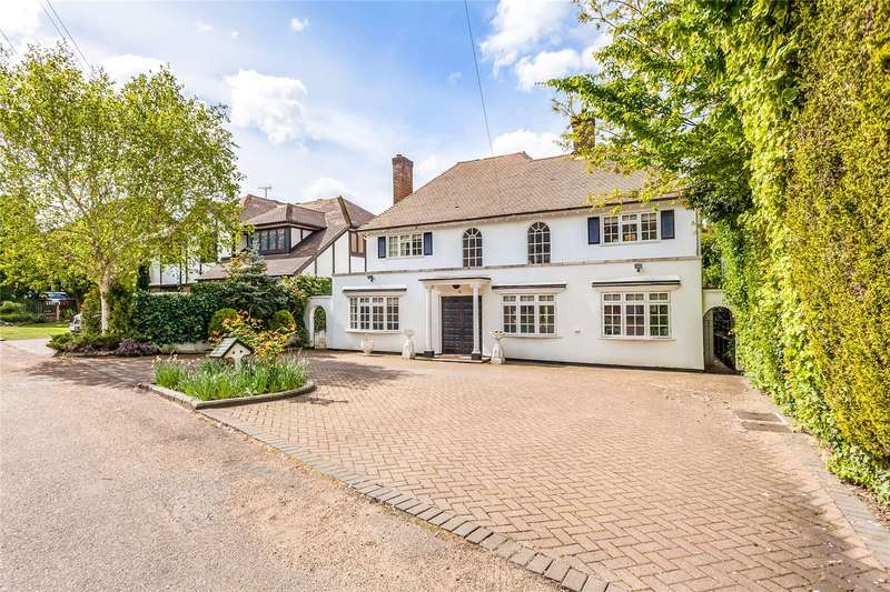 5 Bedrooms Detached House for sale in Adelaide Close, Stanmore, Middlesex, HA7