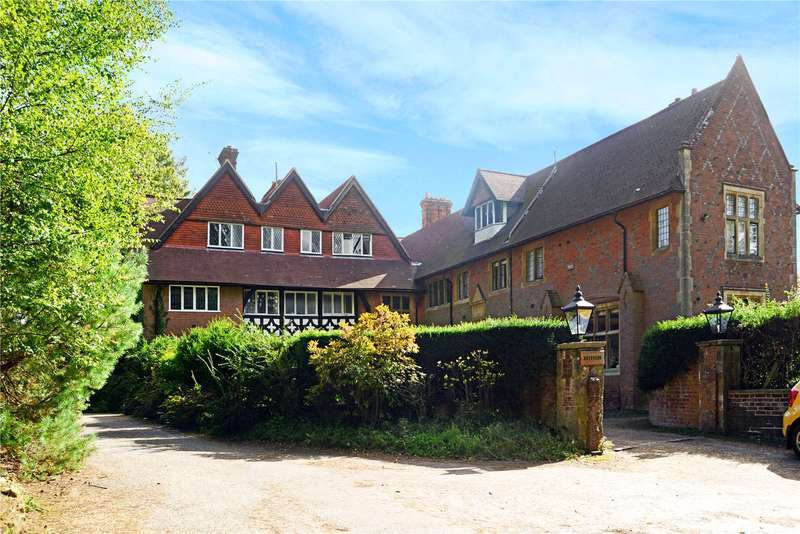 6 Bedrooms Semi Detached House for sale in Keffolds, Bunch Lane, Haslemere, Surrey, GU27