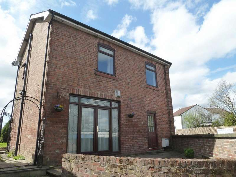 3 Bedrooms Detached House for sale in At Silver Birch Stables, Langley Lane, Bowlee, Heywood-Middleton, OL10