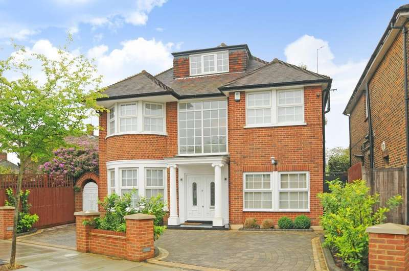 5 Bedrooms Detached House for sale in Hillcrest Gardens, Finchley N3, N3