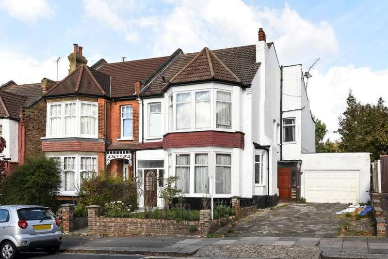 5 Bedrooms Detached House for sale in Dollis Park, Finchley, N3, N3
