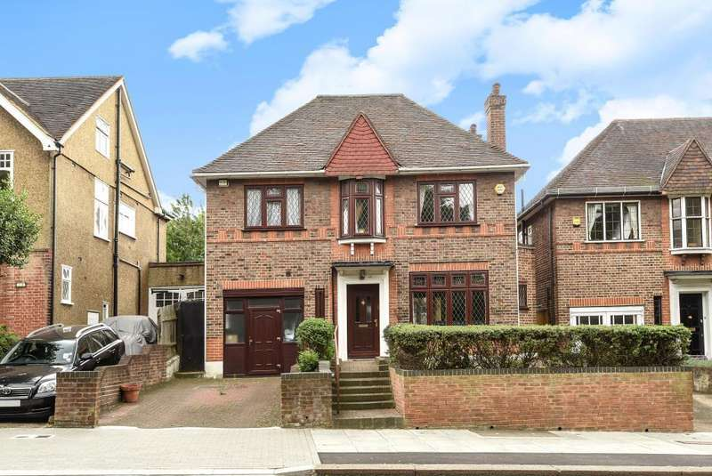 4 Bedrooms Detached House for sale in East End Road, Finchley N3, N3