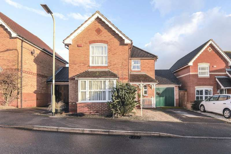 3 Bedrooms Detached House for sale in Bluebell Way, Thatcham, Berkshire, RG18