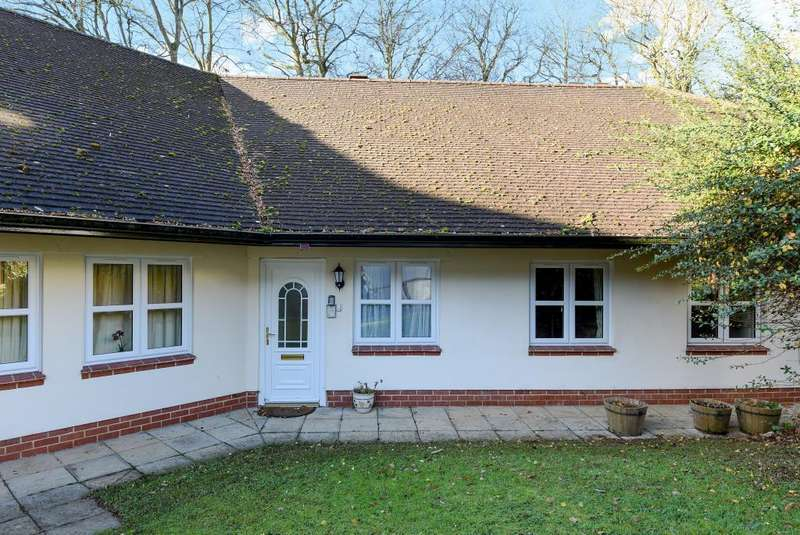 2 Bedrooms Bungalow for sale in Boars Hill, Oxford, OX1
