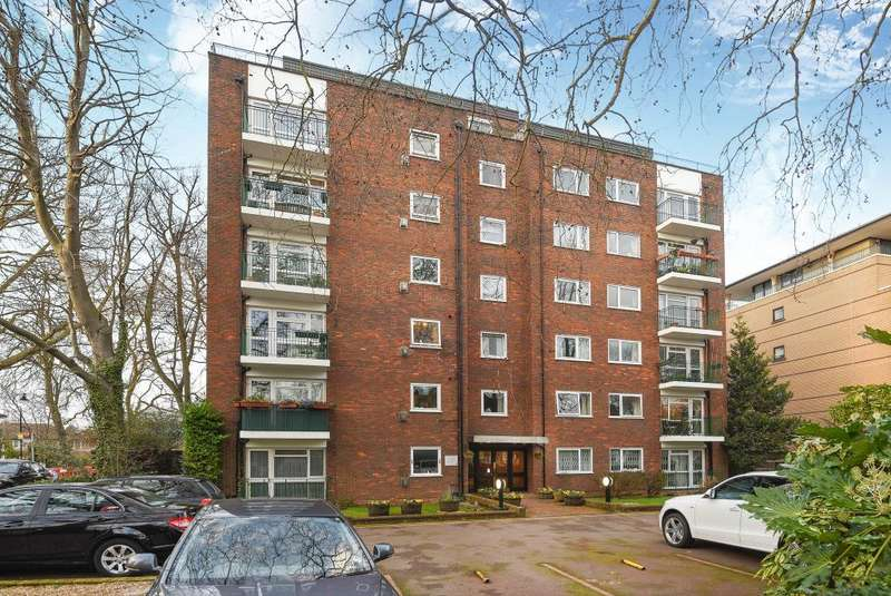 2 Bedrooms Flat for sale in Princess Court, Hornsey Lane,, Highgate, London, N6