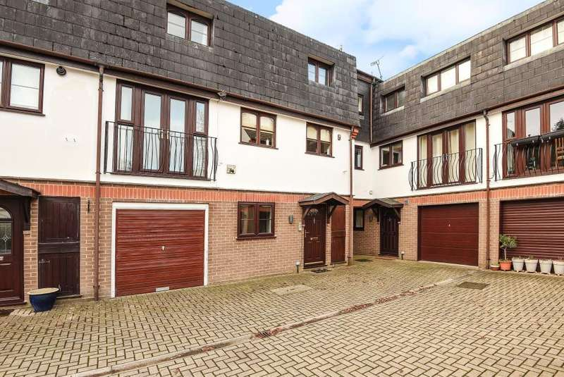 3 Bedrooms House for sale in Sunninghill, Ascot, SL5