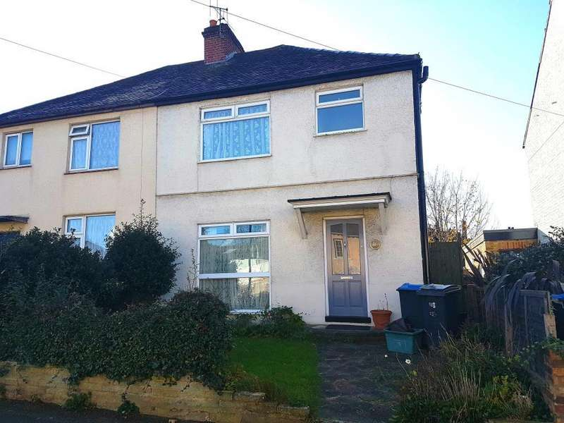 3 Bedrooms House for sale in Gladstone Road, Surbiton, KT6