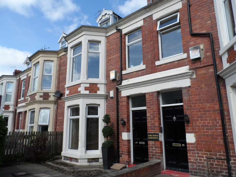 4 Bedrooms Maisonette Flat for rent in Park Parade, Whitley Bay