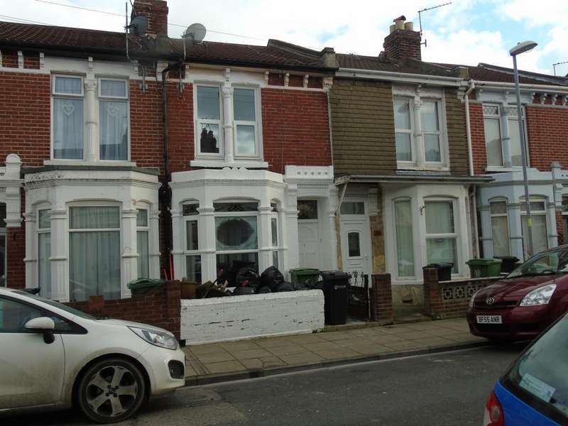 3 Bedrooms Terraced House for rent in Westbourne Road, Copnor, Portsmouth PO2