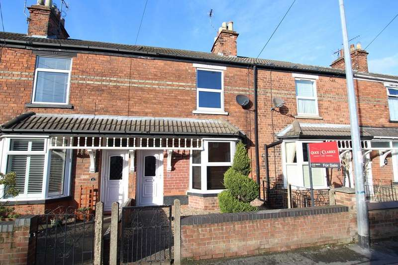 3 Bedrooms Terraced House for sale in Grovehill Road, Beverley , HU17