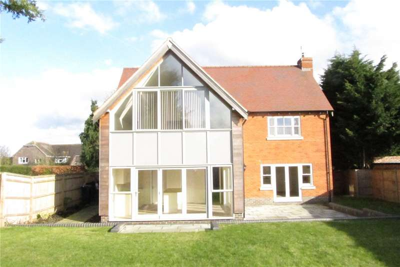 4 Bedrooms House for rent in West End Green, Stratfield Saye, Reading, Hampshire, RG7