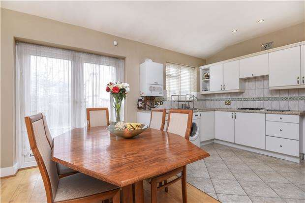 3 Bedrooms Terraced House for sale in Streatham Road, MITCHAM, Surrey, CR4