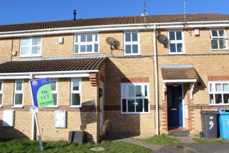 3 Bedrooms Terraced House for rent in Eversfield Close, Hull, HU7