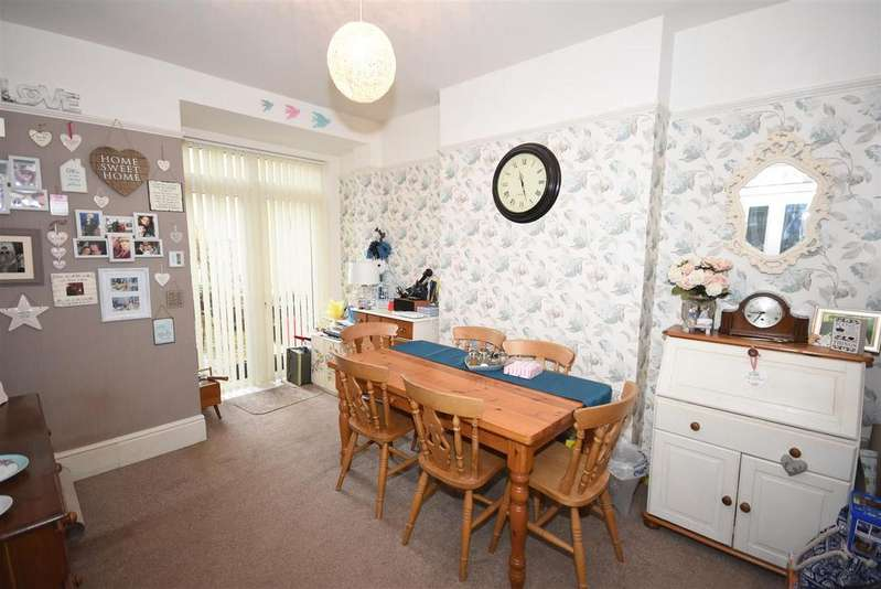 3 Bedrooms End Of Terrace House for sale in Garfield Street, Kettering