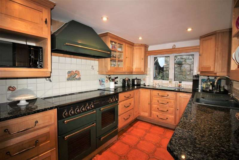 3 Bedrooms Terraced House for sale in Hope Street, Weymouth, DT4 8TU