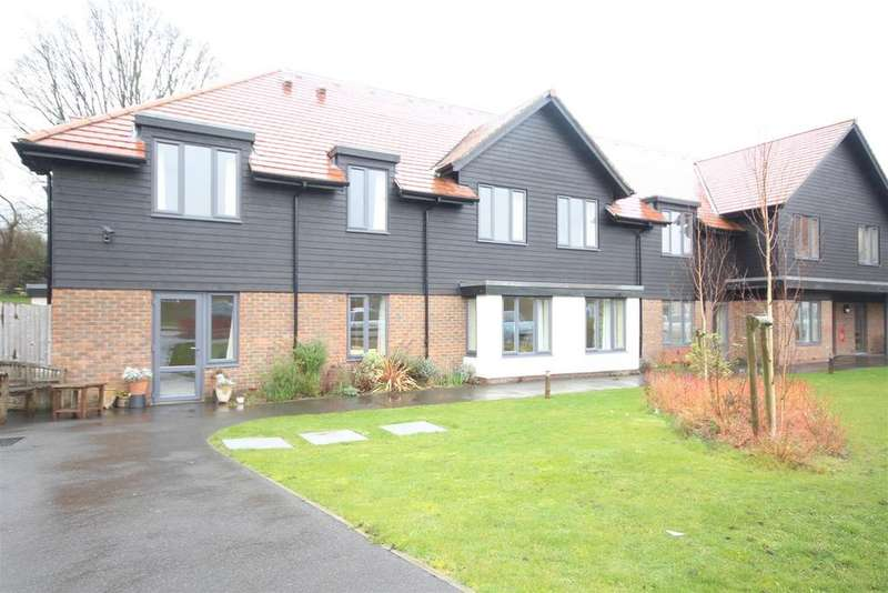 2 Bedrooms Flat for sale in Linum Lane, Five Ash Down, Uckfield