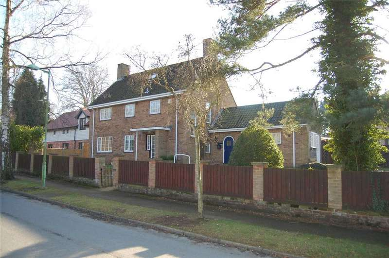 4 Bedrooms Detached House for sale in Bristol Road, Bury St Edmunds, Suffolk, IP33