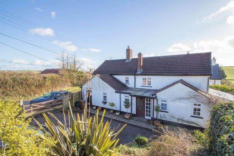 5 Bedrooms Detached House for sale in Denewood, Morchard Bishop, Crediton