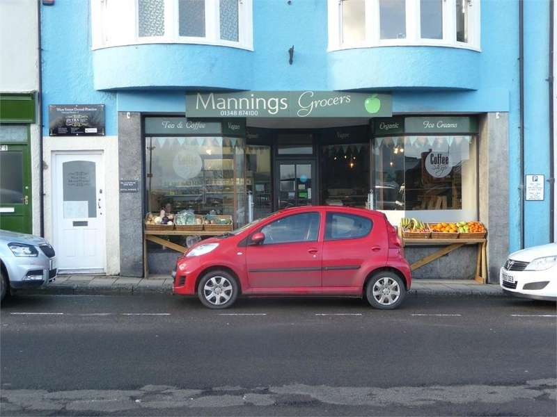 Terraced House for rent in Lock up Shop Premises - 23 West Street, Fishguard