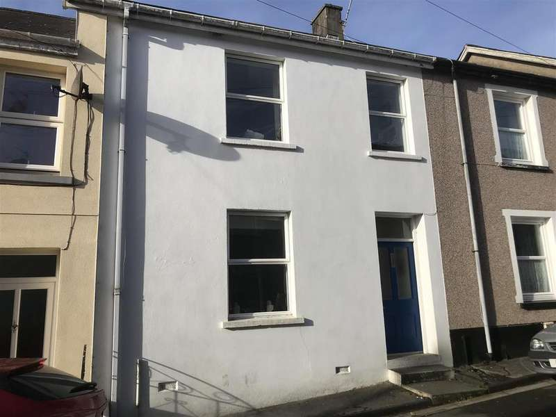 3 Bedrooms Terraced House for sale in Greenfield Place, Llandeilo