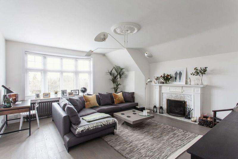 3 Bedrooms Penthouse Flat for sale in Sundridge Avenue, Bromley
