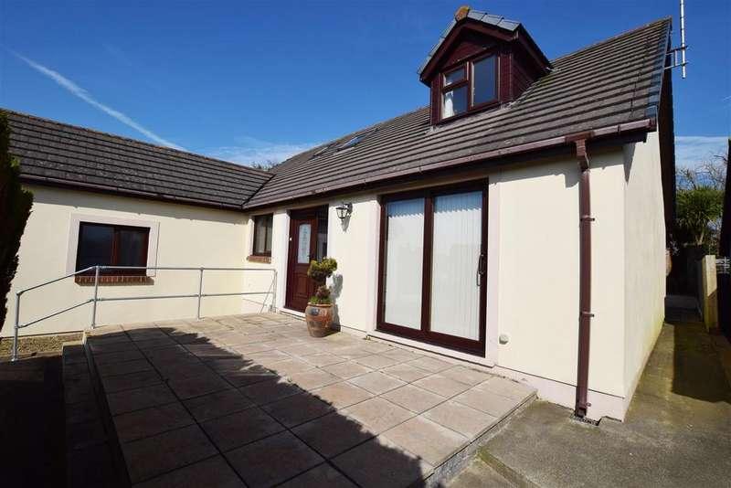 3 Bedrooms Detached Bungalow for sale in Rosemarket, Milford Haven
