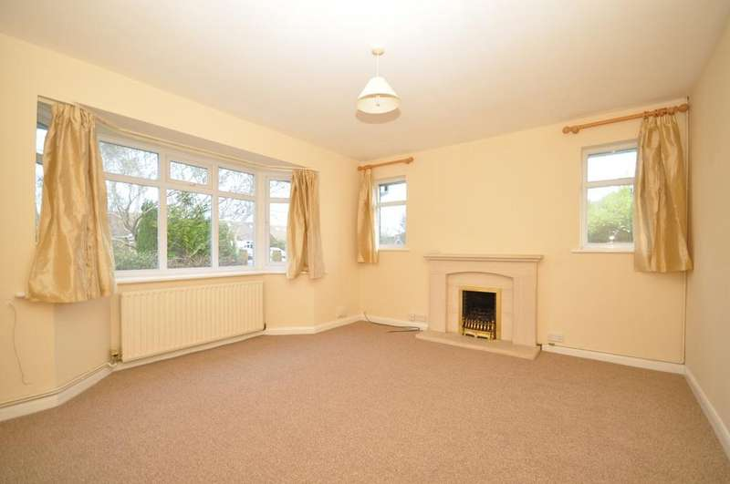 3 Bedrooms Detached Bungalow for rent in Palatine Road Goring-By-Sea BN12