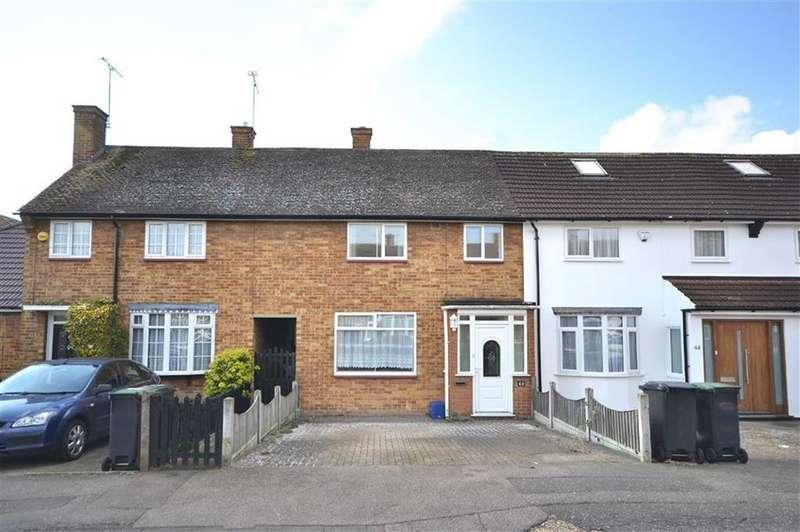 2 Bedrooms Terraced House for sale in Mowbrey Gardens, Loughton, Essex