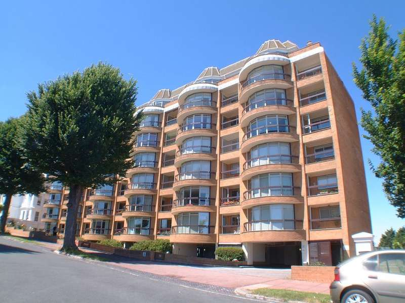 2 Bedrooms Apartment Flat for sale in Rustington Court, St Johns Road, Eastbourne BN20