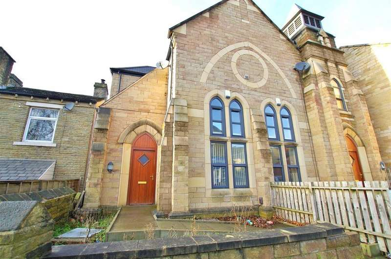 4 Bedrooms House for rent in Hebble View, Siddal, Halifax