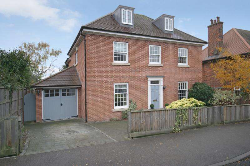 5 Bedrooms Detached House for rent in Cardigan Street, Newmarket, Suffolk, CB8